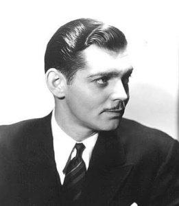 cabello corto para hombres de los años veinte
