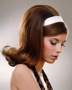 peinado de volumen con cintillo