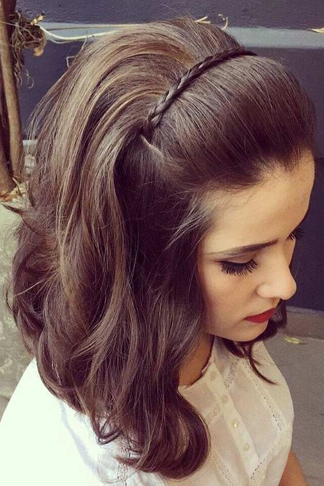 peinado de diadema con cabello corto