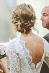 peinado griego con tocado natural