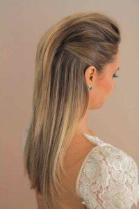 peinado con cabello liso hacia atras