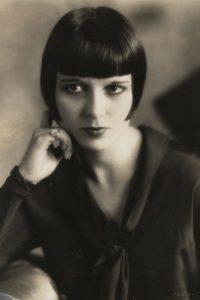 peinado melena corta de los años 20