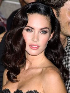peinado pin up megan fox