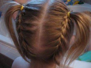 peinado para niñas con trenzas y coletas