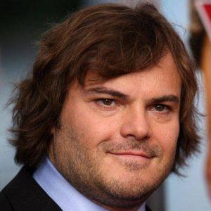 pelo largo para hombre con cara redonda
