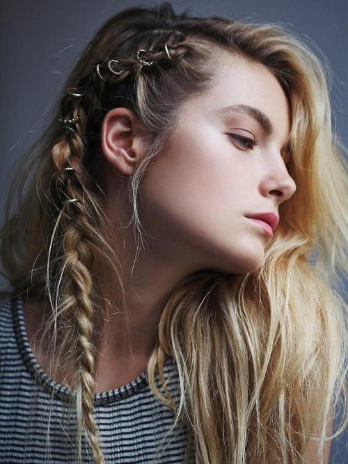peinado-hippie con aros
