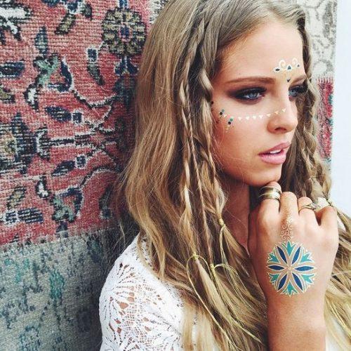 peinado hippie con trenzas