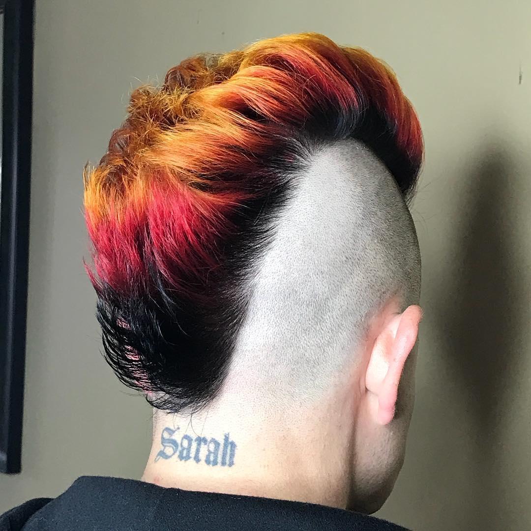 peinado rockero raro