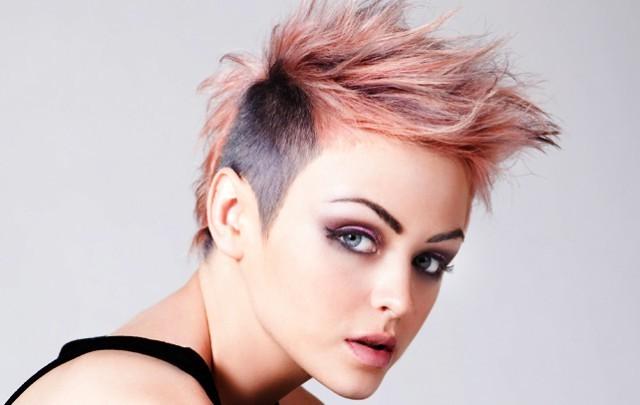 peinados punk de mujer